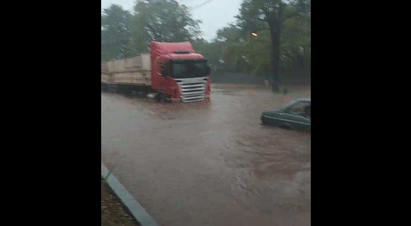 Chuva forte em Maringá