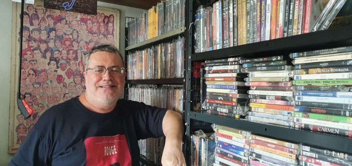 Maringaense tem coleção com mais de 2.300 filmes em casa