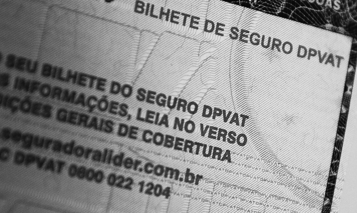 SEGURO. DPVAT foi criado pela Lei n° 6.194 de 1974 e tem como finalidade o amparo às vítimas de acidentes de trânsito. —FOTO: MARCELLO CASAL JR/AG. BRASIL