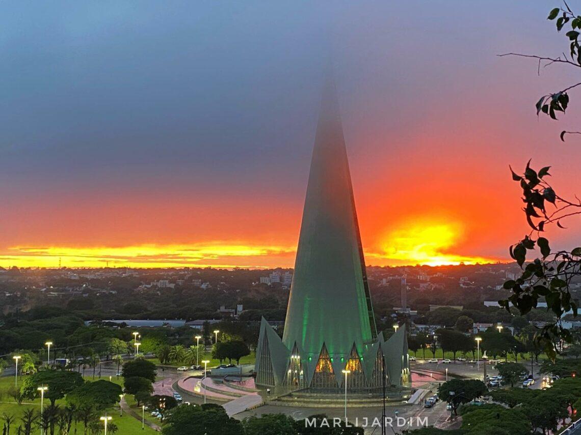 Segunda-feira em Maringá será de céu claro