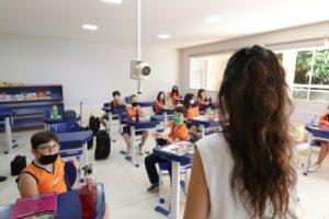 Escolas particulares retomaram as aulas presenciais