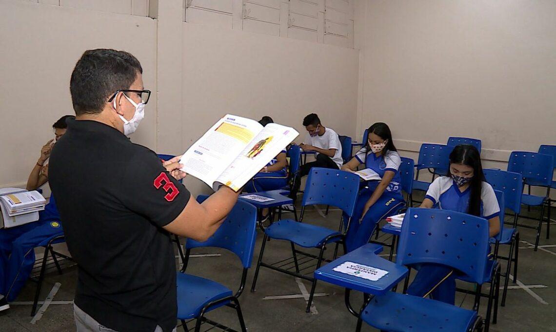 Ministério da Educação fortalece solicitação para vacinação de professores