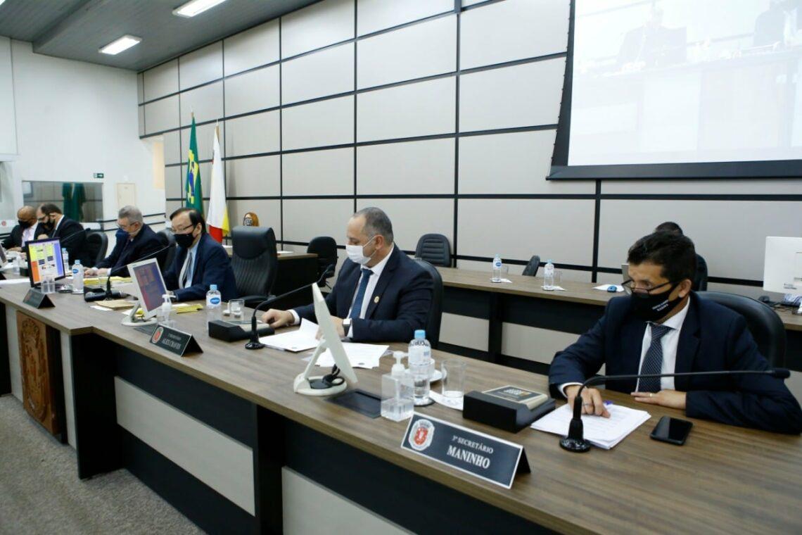 Câmara de Maringá aprova projetos de apoio emergencial e auxílio econômico