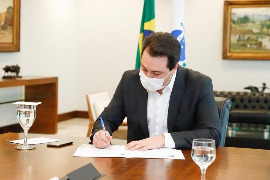 Governo do Paraná adia normas rigorosas do coronavírus no estado até 1º de abril