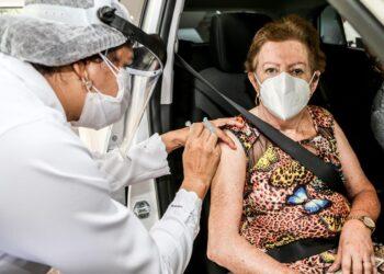 Confira a estratégia de imunização contra a covid-19 neste sábado em Maringá