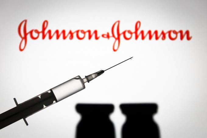 Painel dos EUA quer mais dados antes de decidir sobre vacina da J&J