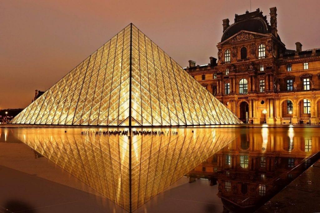O Louvre ao alcance de todos!