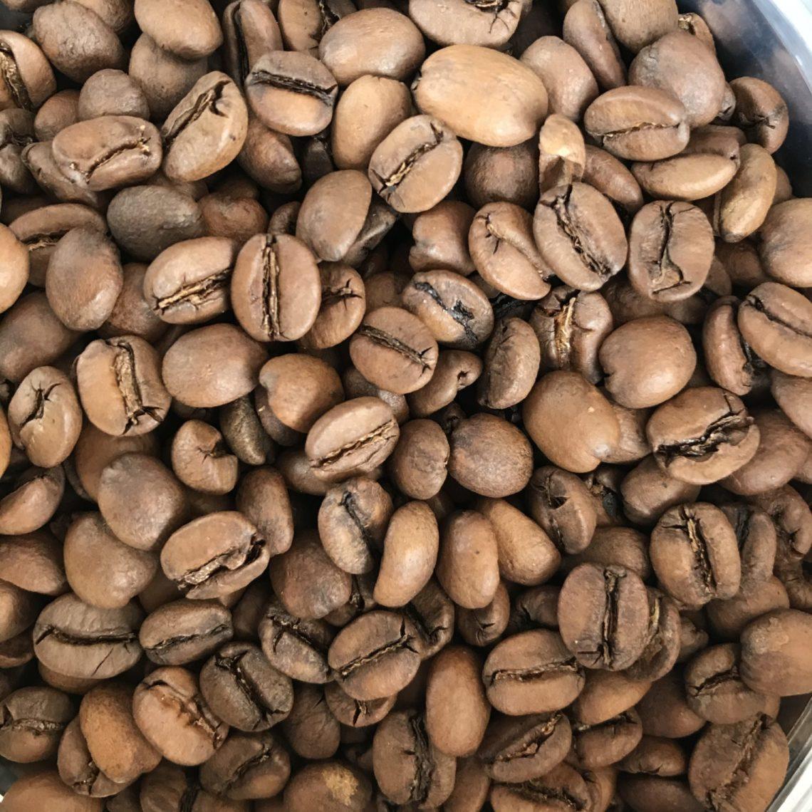 Café: as histórias do grão e da bebida mais amada do Brasil