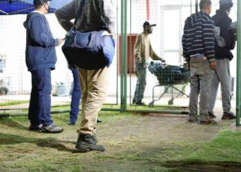175 pessoas são acolhidas em Maringá no primeiro dia da força-tarefa contra o frio