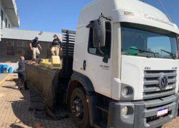 PRF apreende três toneladas de maconha durante abordagem em Iguaraçu
