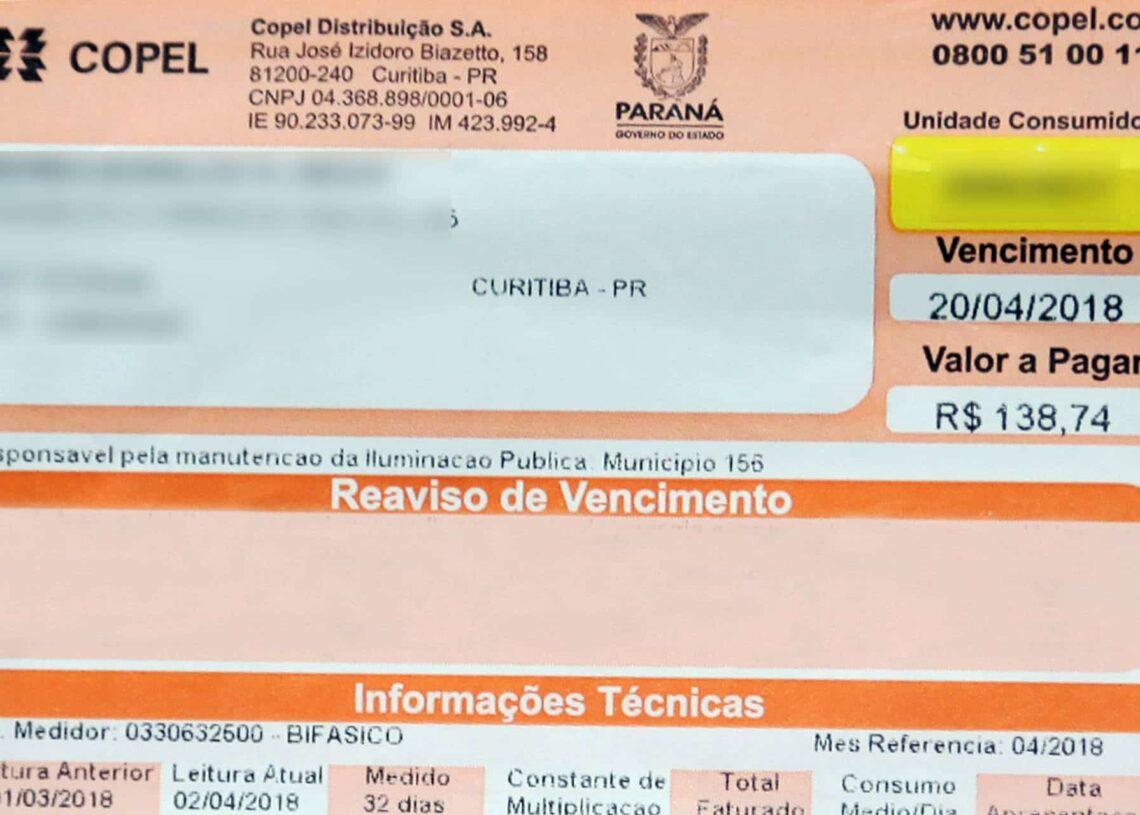 Conta de luz fica mais cara devido reajuste anual em 14 estados brasileiros