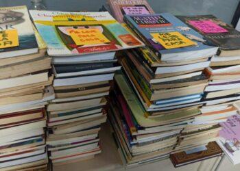 Maringá vai distribuir obras literárias pela cidade para marcar dia do ′esqueça um livro′