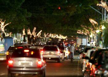 Prefeitura de Maringá abre licitação de R$1,9 milhão para decoração de Natal