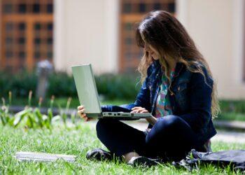 Vereadores aprovam internet gratuita para estudantes de Mandaguari