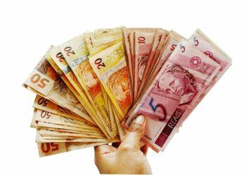Auxílio Brasil terá três categorias de benefícios básicos e seis secundários