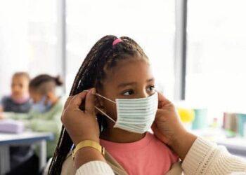 Maior parte das crianças se recupera do coronavírus em apenas uma semana, diz pesquisa