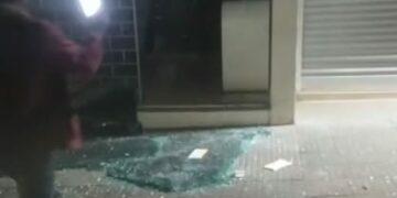 Polícia tenta localizar criminosos que explodiram agência bancária na região