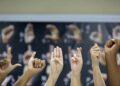 Surdos defendem PEC 12/2021 para que o Brasil reconheça Libras como segundo idioma oficial