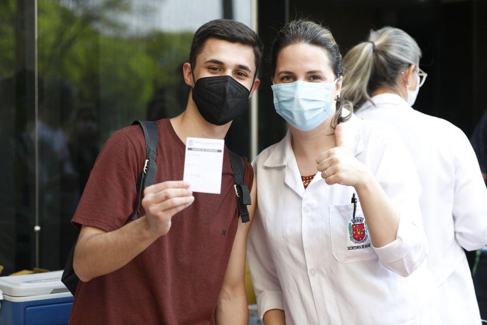 Sesa recomenda que Maringá suspenda vacinação de 17+
