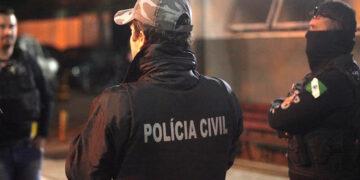 Polícia Civil do Paraná prende oito pessoas ligadas ao tráfico de drogas em seis cidades do Paraná e São Paulo