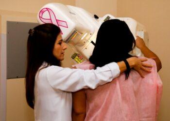 Outubro Rosa: exames preventivo e mamografia são intensificados pela Prefeitura de Maringá